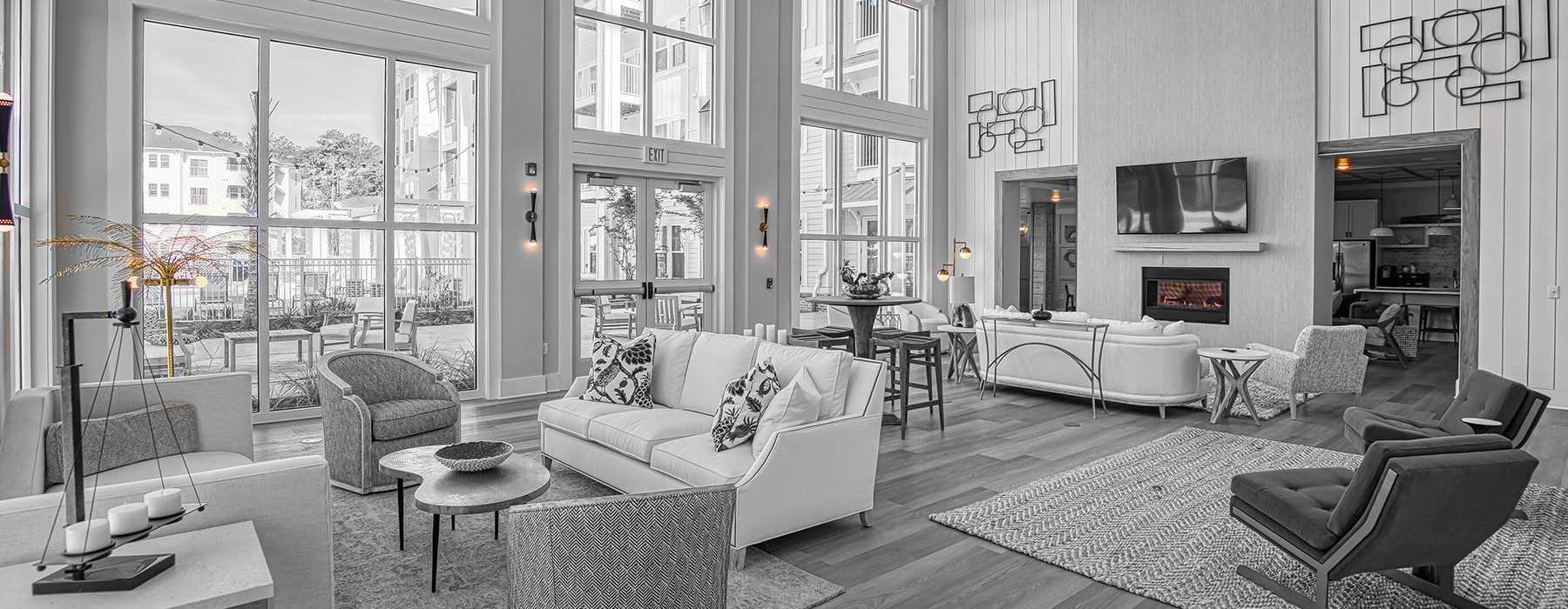 Gorgeous, well-lit lobby space with ample seating